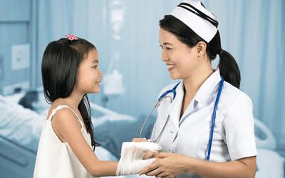 看護師が小児患者と信頼関係を築く方法