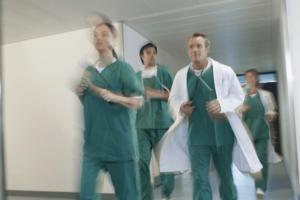 大学病院の看護師はきついって本当?