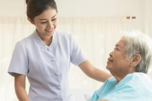 訪問看護師の役割と仕事内容、1日のスケジュール