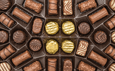 大定番「お菓子の詰め合わせ」