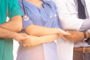 認定看護師の役割や仕事内容・活動を体験談レポート
