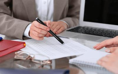 勤務条件・福利厚生を確認する