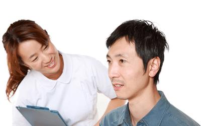 ネガティブな患者の心を開くためにカウンセリングを使う