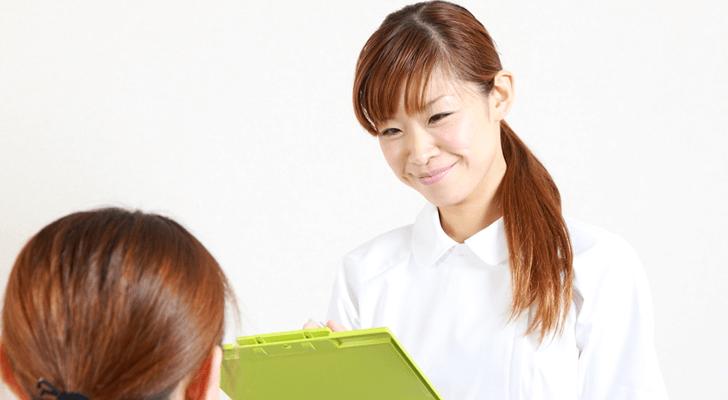 解決しよう!体験談から学ぶ新人看護師が患者対応で悩むこと