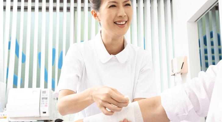皮膚科病棟は楽?働く看護師の仕事内容と私の体験談