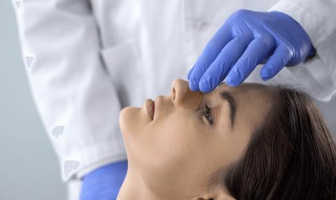 鼻骨骨折の患者の看護(治療方法・看護計画・注意点・スキル)について