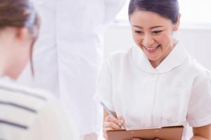 病院で働く保健師の仕事内容と体験談