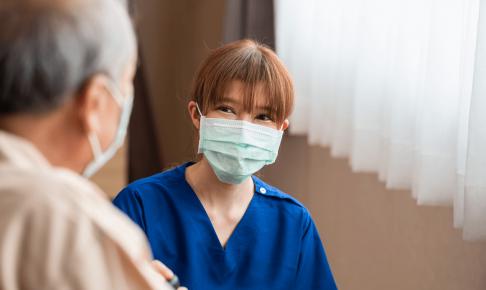 慢性期病院で働く看護師の仕事内容や体験談
