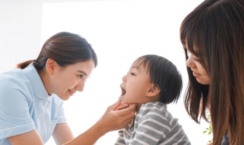 小児科で働く看護師、病棟・クリニックの仕事内容と体験談