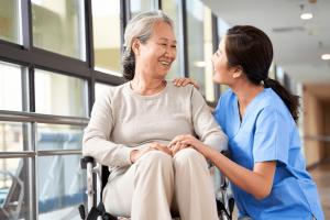 特別養護老人ホームで私が管理職看護師として働いた仕事内容