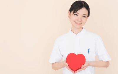 看護師が看護助手と上手く連携するための方法